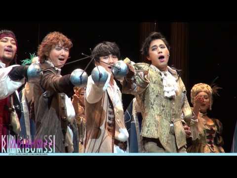 [HD fancam] 131217 Musical The Three Musketeers Curtain call - SHINee KEY
