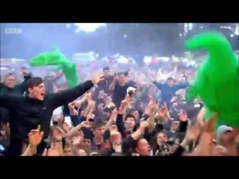 Catfish and the Bottlemen performing Pacifier @ T in the Park 2016