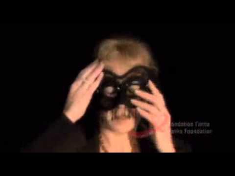 Je Vis Sans Masque / I Live Without A Mask
