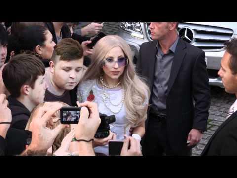 Latest Celebrity Gossip - Splash News