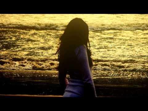 Baixar Rihanna - Stay Feat. Mikky Ekko (Traduzione In Italiano)