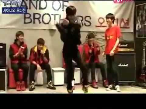 (eng) heechul imitating taemin shinee - YouTube.flv
