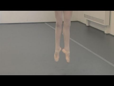 How To Perform Small Ballet Jumps