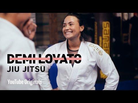 Demi Lovato Does Jiu Jitsu