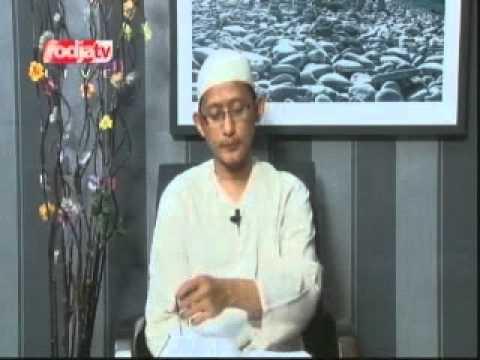 Ustadz Abu Yahya Badrussalam Lc [16-10-2012] Shahih Jami\' Bayan Ilmi Wa Fadhlih - Rodja TV