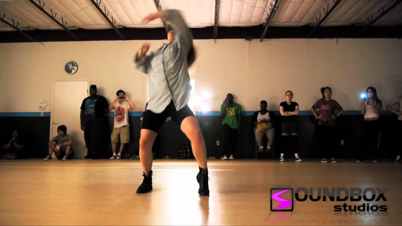 Soundbox Studios : Dejan Tubic & Janelle Ginestra - YouTube