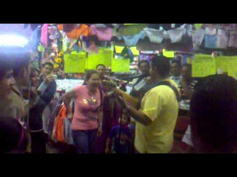 Alisander en el Mercado Principal de Mérida...