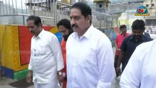 Hero Suman offers prayers at Tirumala, responds over MAA r..