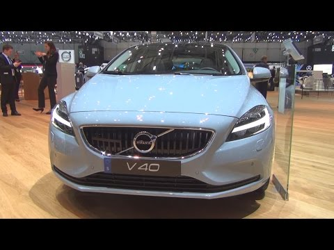Volvo V40 D4 Momentum (2016) Exterior and Interior in 3D
