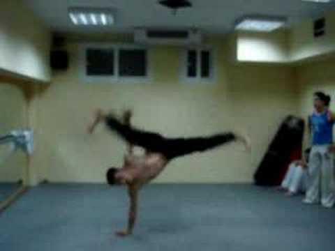 Capoeira Acrobacias, Komotini