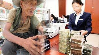 Ông lão bẩn thỉu vào ngân hàng rút 200 ngàn, nhân viên khinh bắt ông chờ 3 tiếng và cái kết
