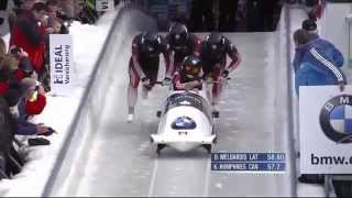 Kaillie Humphries and her team crashed in Winterberg