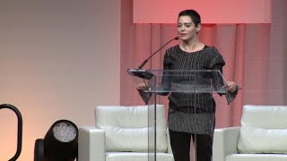 Rose McGowan makes first public speech since accusing Harvey Weinstein