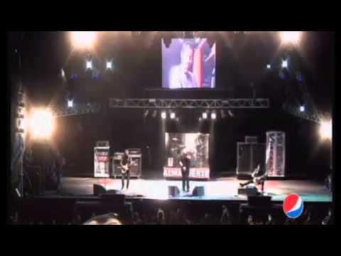 Almafuerte-El visitante (Cosquin Rock 2013)