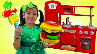 Jannie Pretend Play Cooking with Toy Kitchen| Food Toys | Juguetes de Cocina
