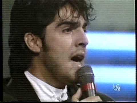 OTI 89 Bolivia - Como dos enamorados - Milton Cortez