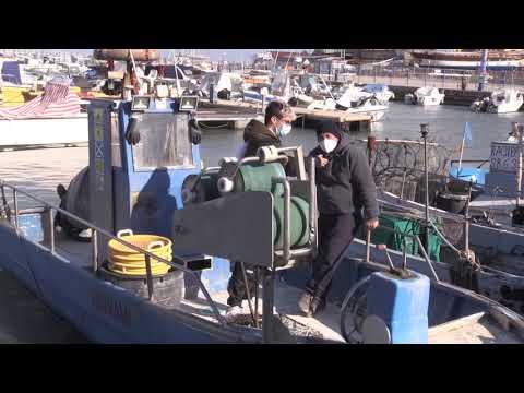 Porto di San Benedetto con i pescatori (meloni augusto): La pesca artigianale