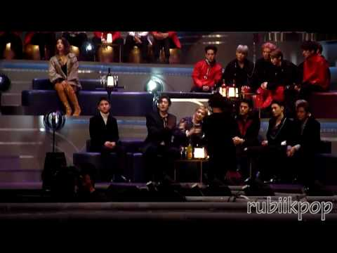 [REACTION FANCAM] 161202 MAMA - EXO REACTS TO DREAM - Baekhyun and Suzy 엑소 백현 수지