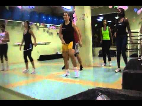 Baixar coreografia hot dog- prf michele (  buchecha )