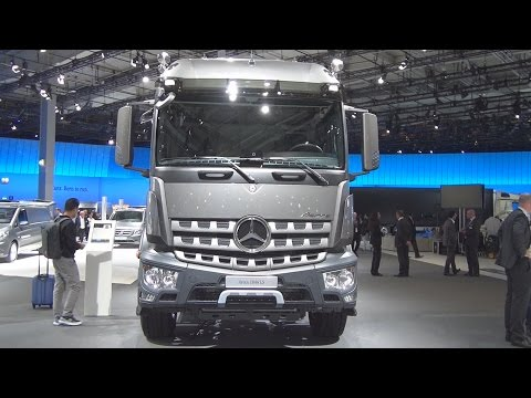 @MercedesBenz Arocs 1846 LS Tractor Truck (2017) Exterior and Interior in 3D