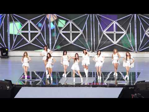 140815 SM TOWN Girls' Generation - Hoot