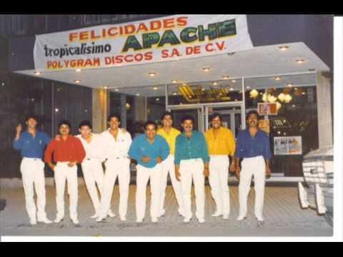 Tropicalisimo Apache - popurri 70s en vivo