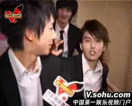 080409 Super Junior M interview with Sohu (eng trans at side)