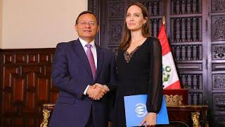 Crise migratoire : Angelina Jolie en mission au Pérou