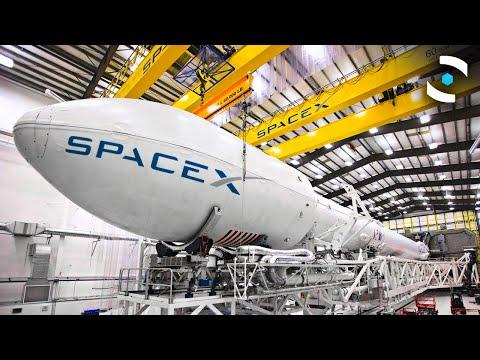 """""""Прошетка"""" низ фабриката за ракети на SpaceX во Тексас"""