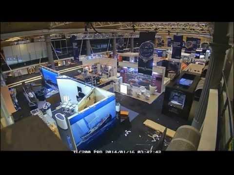 Official Stand Contractors Access Displays at LYJAPCS 2015