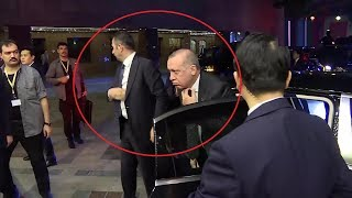 Erdoğan Güney Kore'de cep telefonunu Muhsin Köse'ye verdi