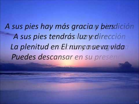 A sus pies