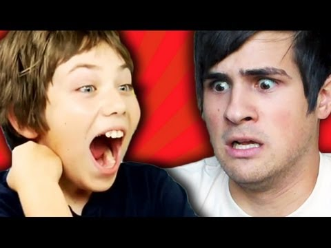 Repeat youtube video Smosh Reacts to Kids React to Smosh!