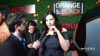 Taylor Schilling and Laura Prepon OITNB premiere 5 season (Piper and Alex, Vauseman)