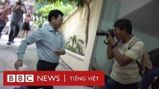 Phóng viên bủa vây ông Nguyễn Hữu Linh - BBC News Tiếng Việt