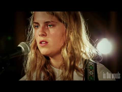 'Before I Sleep' - Marika Hackman // In The Woods Barn Sessions 2014