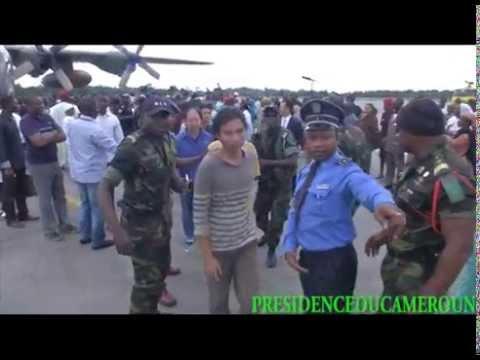 Arrivée des ex-otages chinois et camerounais à Yaoundé