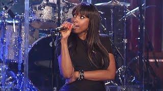 Singers Handling Vocal Fails Like Nobody's Business (Smartest Vocal Saves)