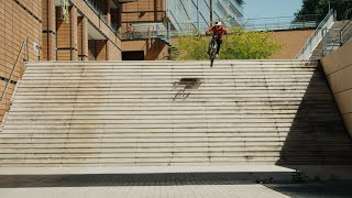 Urban Freeride Lives 3 - Fabio Wibmer