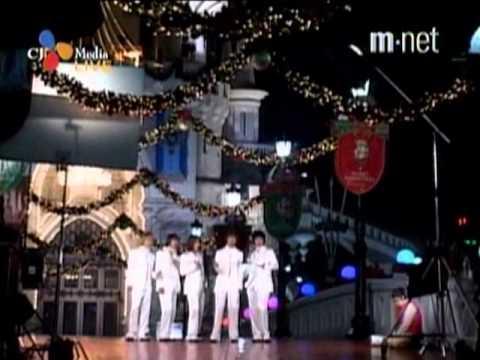 [04.12.04] TVXQ - Magic Castle + Hug + Tri-angle - MKMF 2004