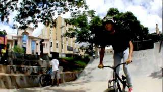Mtb stunts and tricks