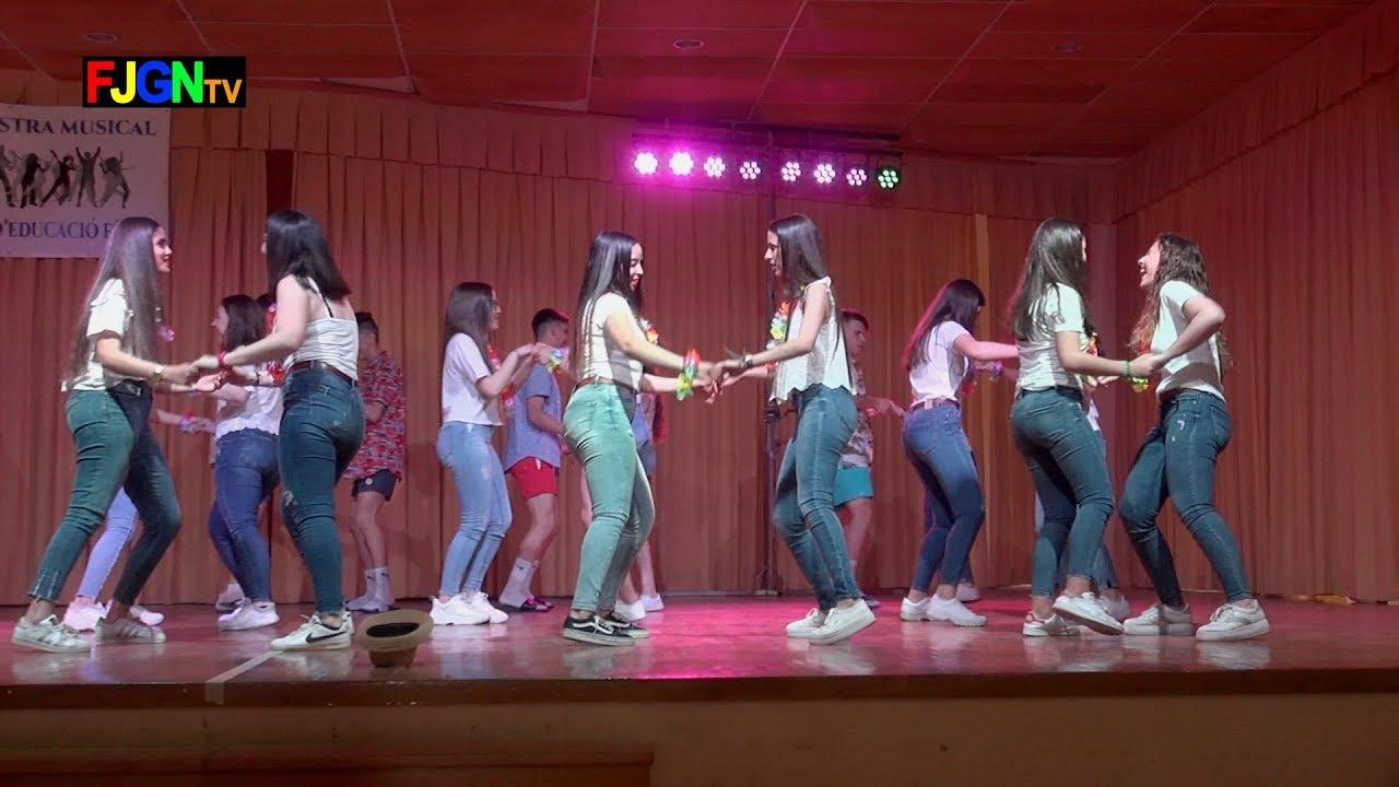 01. Una Lluna A L'Aigua - Bailes Educacion Fisica 2019 IES Nules