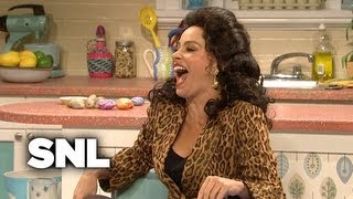 Bein' Quirky With Zooey Deschanel (Featuring Sofia Vergara) - Saturday Night Live