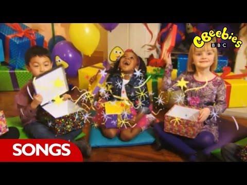 Rileys Birthday Card On Cbeebies Birthday Time Videomoviles