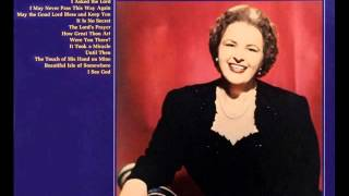 Kate Smith: It Is No Secret (What God Can Do)  (with lyrics)