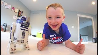 Father Son Get REAL MINI R2D2!? /Star Wars Droid!