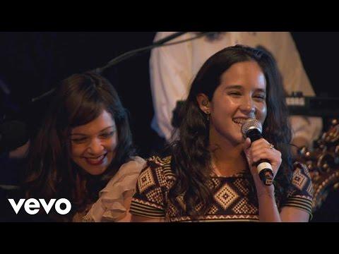 Natalia Lafourcade - Amor, Amor de Mis Amores (En Vivo)
