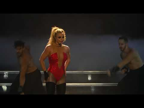 Britney Spears 27 October 2017 - Everytime, Baby one more time, oops i did it again - Piece of me