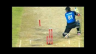 Best Destructive Pace Bowling in Cricket ● Stumps Broken ● Stumps Flying in Air    Cric Updates