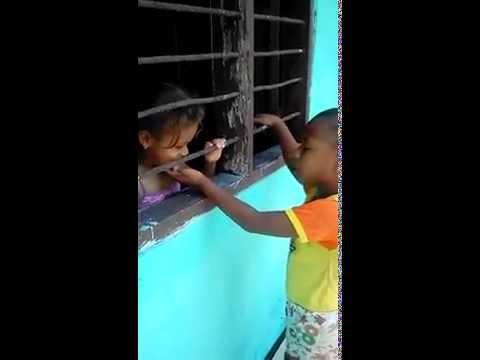 Niños Imitando a Diomedes Diaz [Tres Canciones]